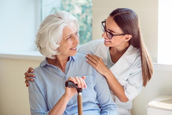 Soins Plus - Aide et soins infirmiers 7J/7 à domicile remboursés par les mutuelles