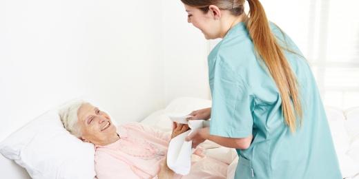Soins Plus - infirmière à domicile - hygiène corporelle, toilette, rasage, prise de médicaments - Huy